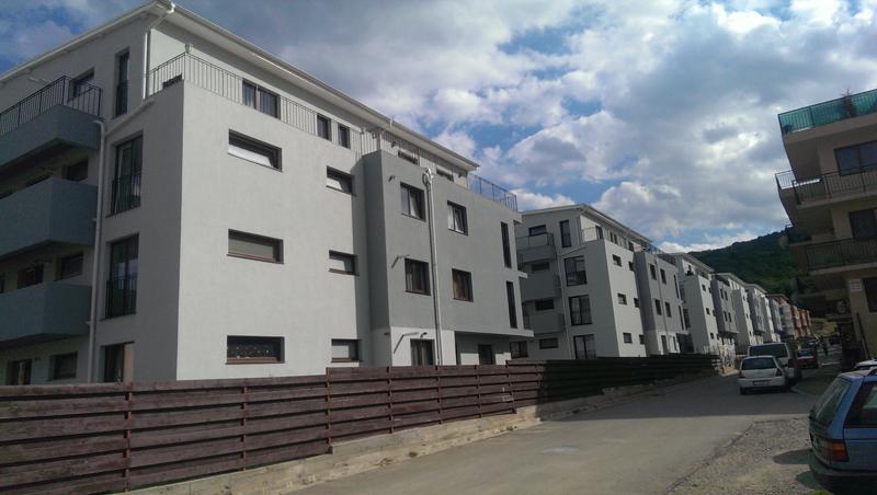 acoperis tigla metalica cartier rezidential 10 blocuri in Loc. Floresti din Jud. Cluj