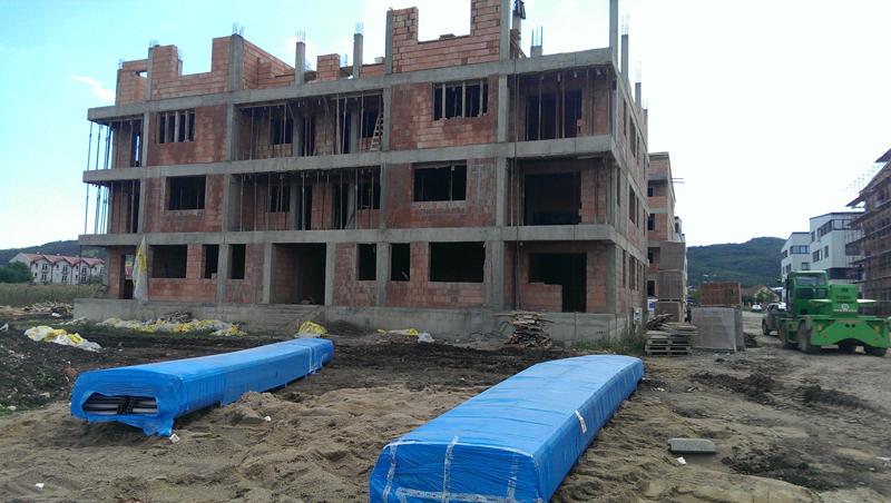 Panou retro plus 2000 m2 in Cartier rezidential Floresti din Jud. Cluj